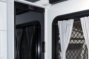 MDC XT14E Electric Opening Offroad Caravan