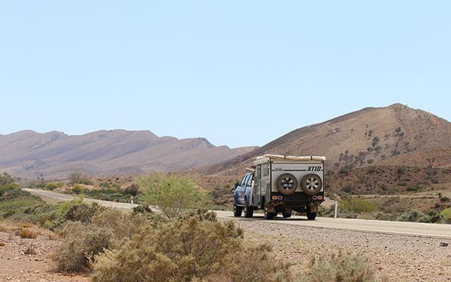 XT10 Caravan Full Width