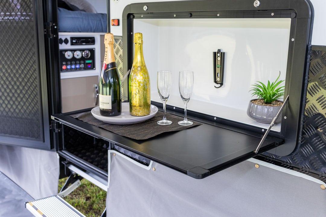 AUSRV XL15-4 Off Road Caravan Exterior